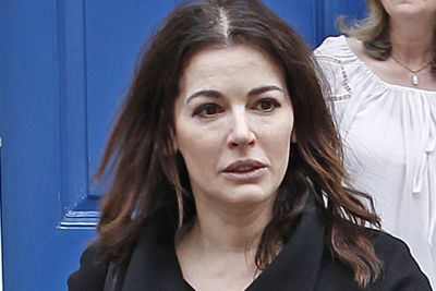 Nigella's another natural beauty... and we don't see any blusher here!