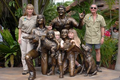 Bindi Irwin, Robert Irwin, Terri Irwin, Bob Irwin, Steve Irwin Memorial Day, Australia Zoo ,November 15, 2007
