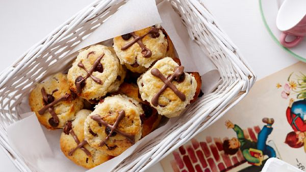 Mini choc chip hot cross scones