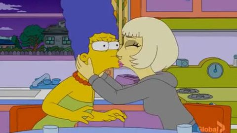 Lady Gaga making out with Marge