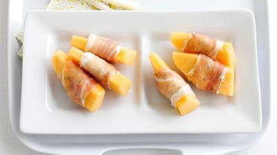 "<a href=""http://kitchen.nine.com.au/2016/05/16/16/21/ricottastuffed-prosciutto-and-melon"" target=""_top"">Ricotta-stuffed prosciutto and melon</a>"