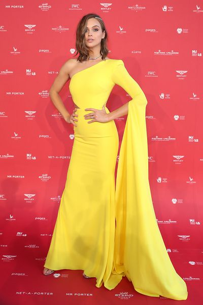 E! Australia host Ksenija Lukich in Alex Perry at the 2018 MAAS Centre for Fashion Ball