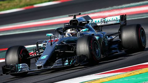CORRECTED: Fangio in his sights: Hamilton wants fast start to F1 season