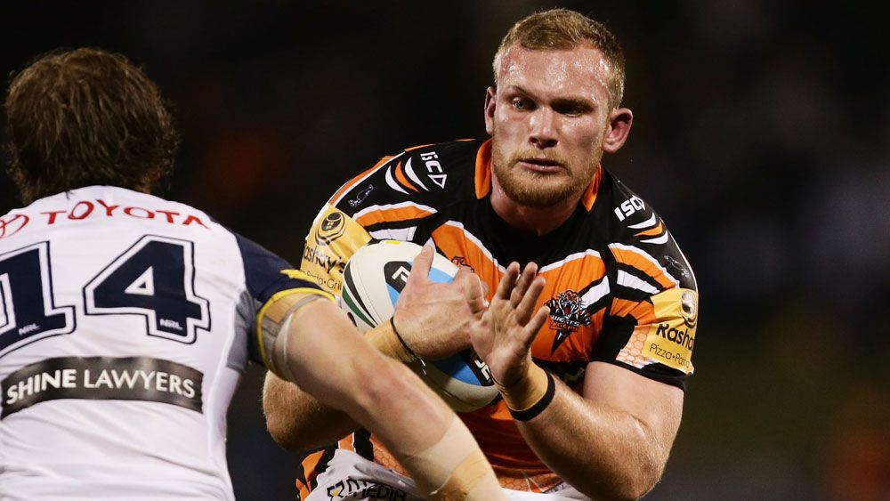 Matthew Lodge in action for Wests Tigers. (Getty)