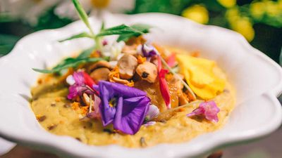 "Recipe: <a href=""http://kitchen.nine.com.au/2018/03/02/15/40/tumeric-spiced-porridge-recipe"" target=""_top"">Tumeric spiced porridge</a>"