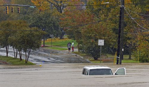 Three dead, two missing from flooding at North Carolina campsite