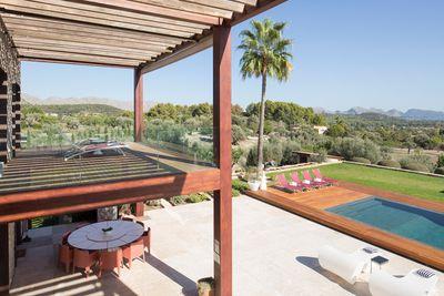 You Can Stay In The Love Island Australia Villa