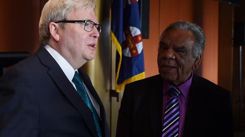 Kevin Rudd lashes out at '100 percent racist' booing of Adam Goodes