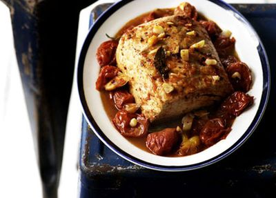 "<a href=""http://kitchen.nine.com.au/2016/05/17/14/19/tuna-and-tomato-stew"" target=""_top"">Tuna and tomato stew</a>"