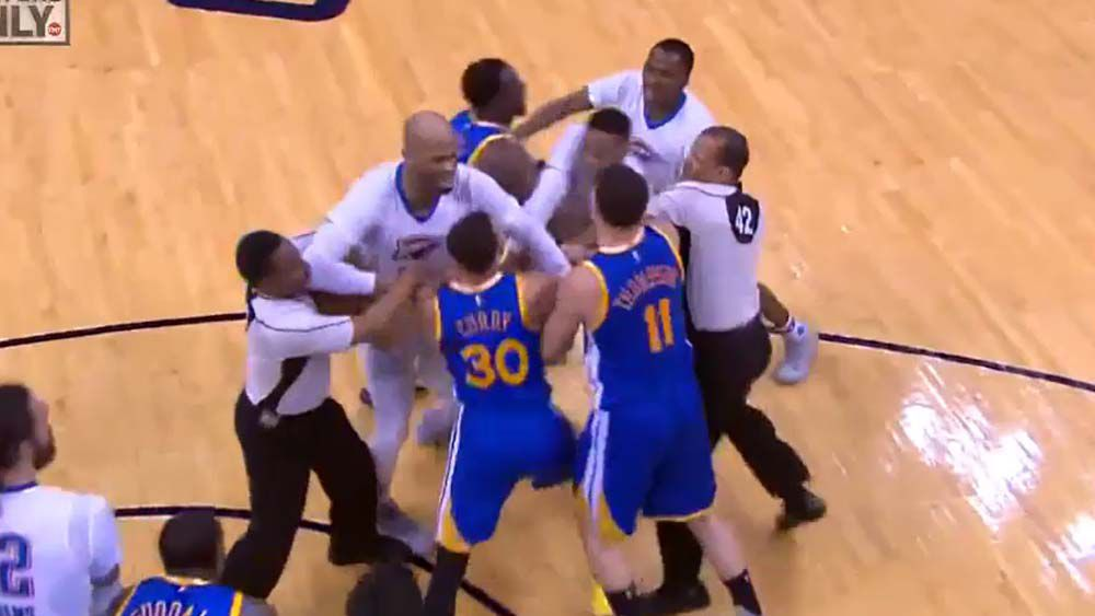 Stephen Curry and Russell Westbrook tangle in NBA tussle; Curry comes out on top