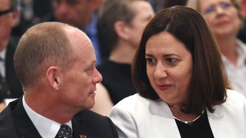 Premier Campbell Newman with Opposition leader Annastacia Palazsczuk. (AAP)