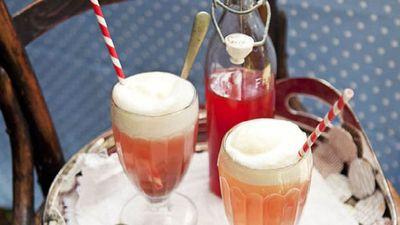 "Recipe:&nbsp;<a href=""http://kitchen.nine.com.au/2016/05/16/11/33/raspberry-lemonade-spiders"" target=""_top"">Raspberry lemonade spiders<br /> </a>"