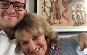 Man's desperate plea for sick Melbourne mother to be granted exemption to enter Queensland, despite border closure