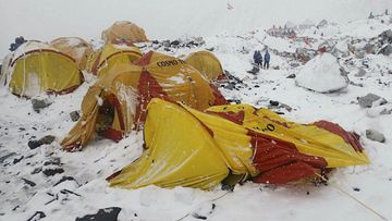 At least 17 mountaineers and guides have been killed in an avalanche on Mount Everest. (AAP)