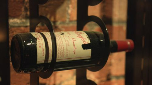 A complete set of Penfolds Grange has just sold for $430,000 in the Langton's Penfolds Rewards of Patience auction - a world record price.