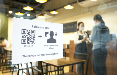 QR code check in at restaurant