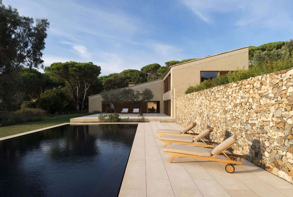 Architects Villa In Saint Tropez