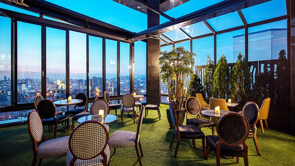 Kloud bar at Mercure Seoul Ambassador Gangnam Sodowe (supplied)