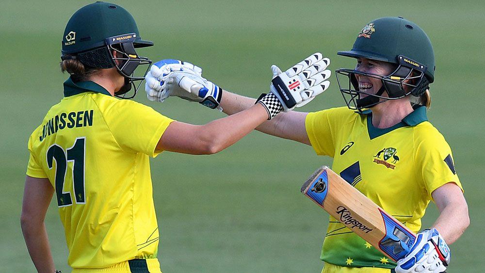 Australian women win opening Ashes one-dayer against England in Brisbane
