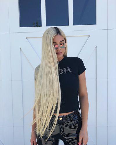 Kylie rocks long luscious blonde locks
