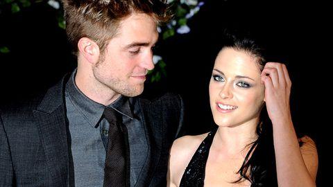 Is Robert Pattinson doing the dirty on Kristen Stewart?
