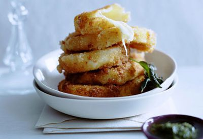 Fried mozzarella with anchovy, caper and parsley sauce