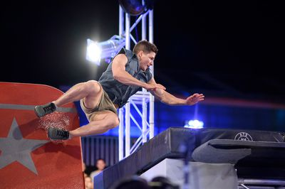 Travers Jamieson lunges for the mat out of the Bridge of Blades.