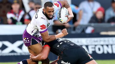 NRL: Melbourne Storm see off Warriors to go top of NRL ladder