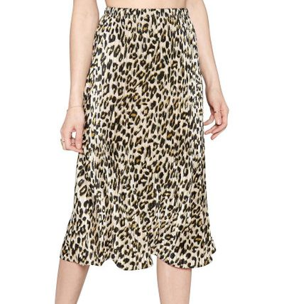 "<p>Skirt the issue and embrace animal print before winter arrives</p> <p><a href=""http://shop.davidjones.com.au/djs/ProductDisplay?catalogId=10051&amp;productId=14812578&amp;langId=-1&amp;storeId=10051"" target=""_blank"" draggable=""false"">Amuse Society animal print skirt$99.95 at David Jones</a></p>"