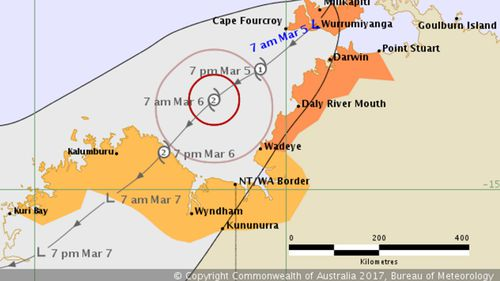 Northern Territory public transport halted as cyclone looms