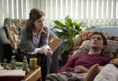 Therapy scene from film '50/50'