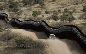 Coronavirus: Contagion fears and political row sees US travellers turned back on Mexico border