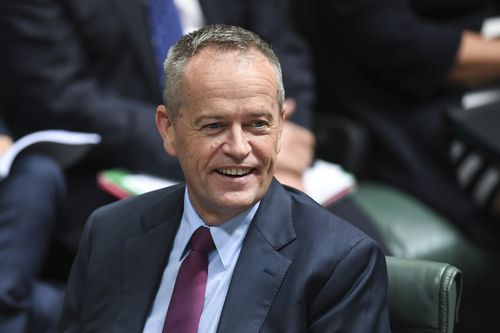 Labor leader Bill Shorten has moved a private members' bill to protect penalty rates.