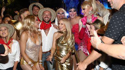 Kylie Minogue surprises fans at Mardi Gras