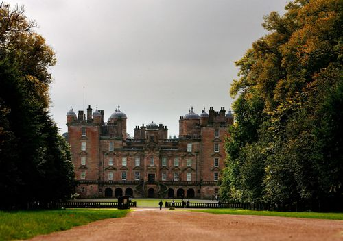 A view of Drumlanrig Castle, where a Leonardo de Vinci painting was stolen in 2003, on October 5, 2007 in Dumfries, Scotland. The castle is also a set on TV show, Outlander. (Getty)