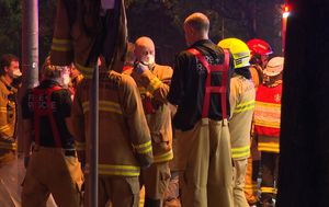 Twenty residents evacuated after Sydney apartment fire