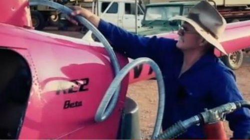 Pilot found dead after chopper vanishes in remote WA bush