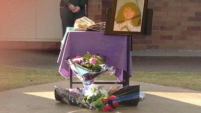 Tributes for Jayde at Lockyer District High School. (9NEWS)