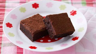"""Chocolate fudge brownies<a href=""""http://kitchen.nine.com.au/2016/05/17/10/14/chocolate-fudge-brownies"""" target=""""_top""""> recipe</a>"""