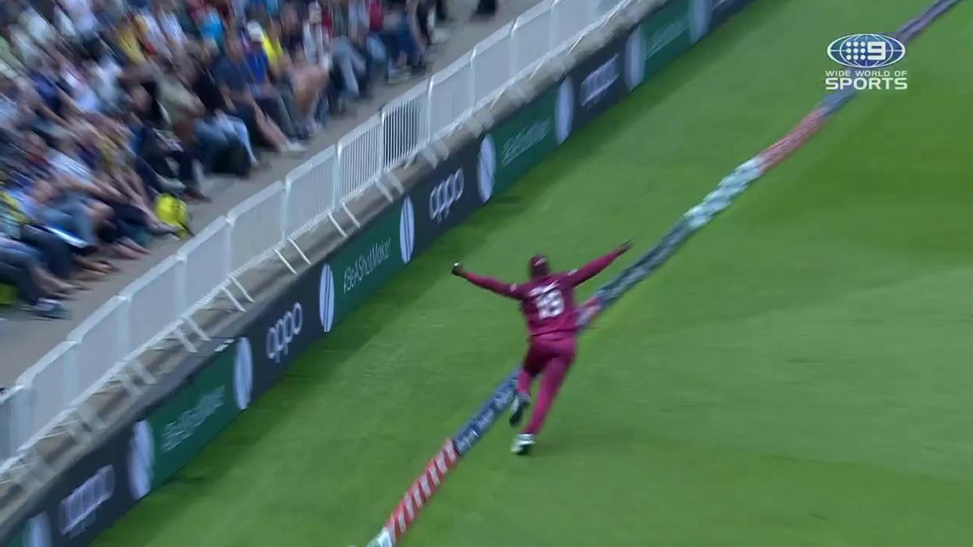 Sheldon Cottrell takes unbelievable catch to dismiss Steve Smith