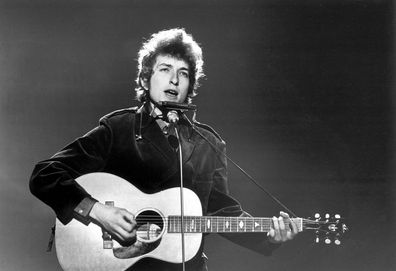 Bob Dylan performing at BBC TV Centre, London, 1st June 1965. Dylan recorded two 35-minute TV programs for the BBC at the session.