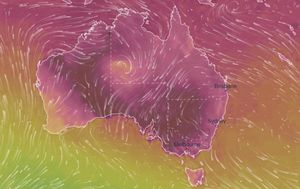 Heatwave spreads across Australia with temperatures to push into the 40s