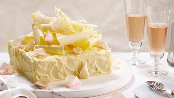 White wedding mud cake