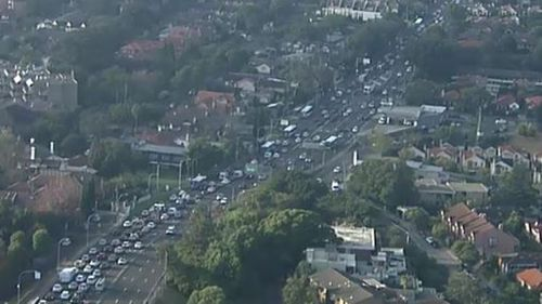 Traffic has banked up as commuters are forced to drive to work. (9NEWS)