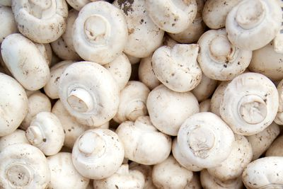 White mushrooms: 396mg potassium per 100g (1 cup, sliced)