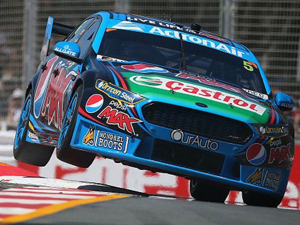 Ford V8 team punished for pitlane incident