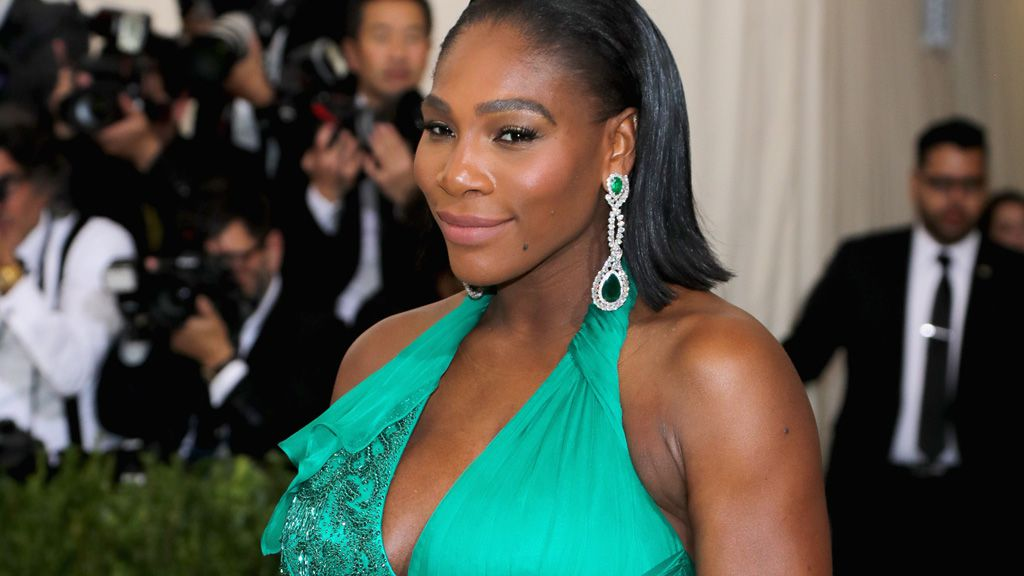 A glowing and gorgeous Serena Williams at the 2017 Met Gala. Image: Getty.
