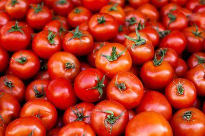 Tomatoes: 2.49g sugar per 100g