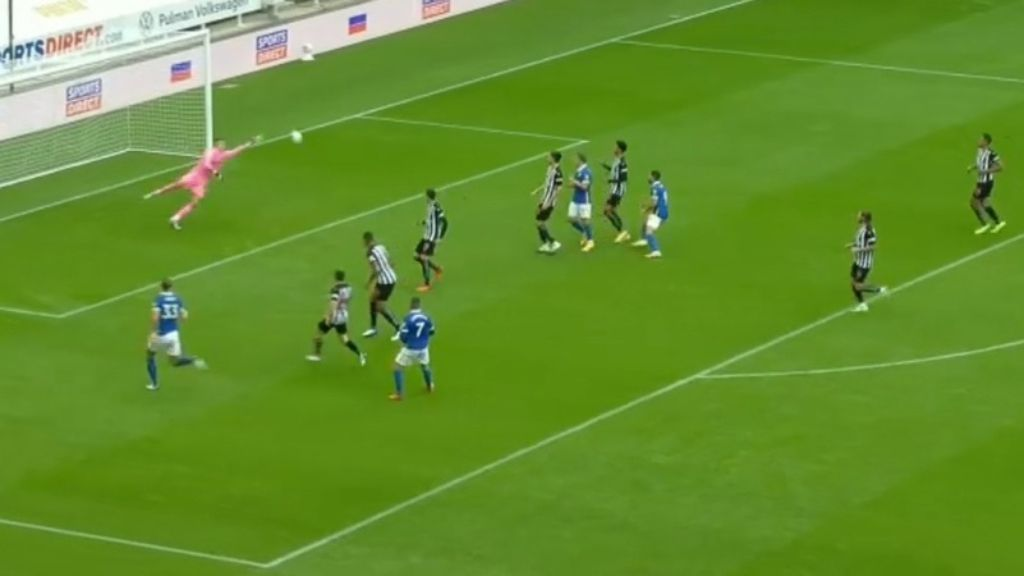 Arrizabalaga blunder haunts Chelsea as Liverpool scores easy EPL win