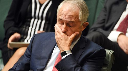 Pressure mounts on Malcolm Turnbull to sack Stuart Robert over off-books China trip